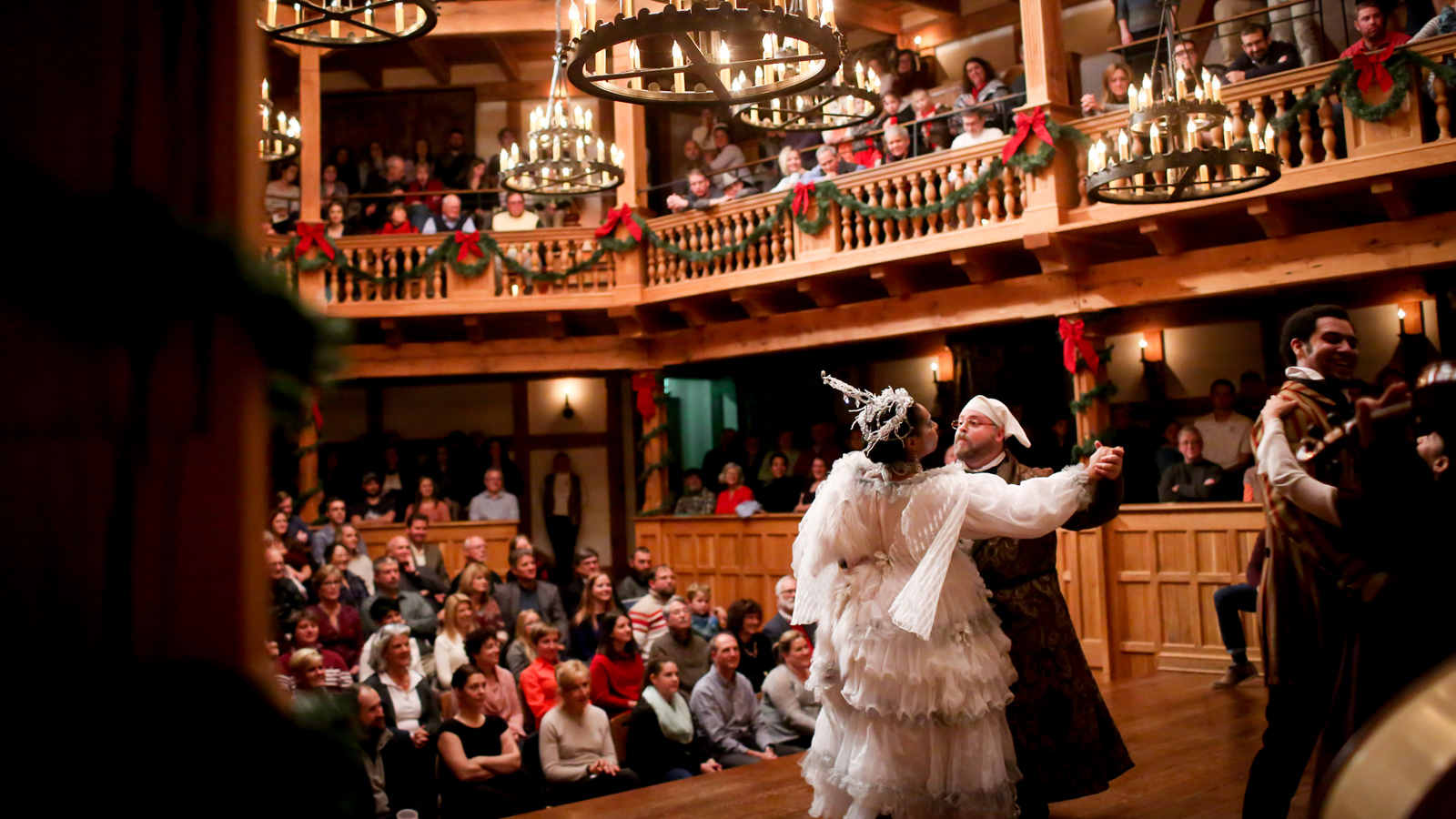 american shakespeare center holiday season a christmas carol blackfriars playhouse