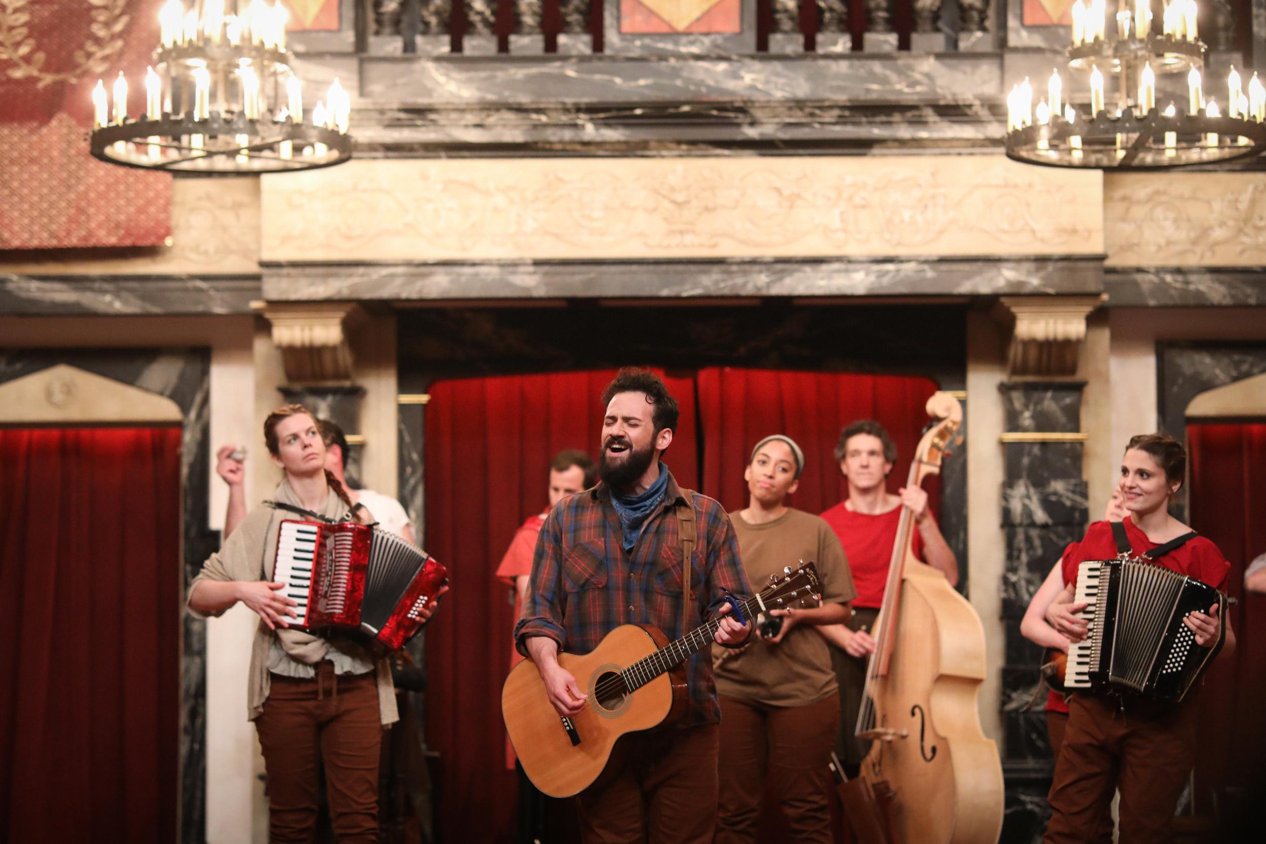 Julius Caesar Ronald Román-Meléndez live music